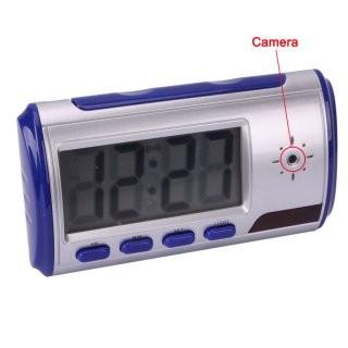 Настольные часы со встроенной камерой (Активация на движение, пульт управления)